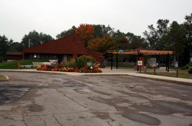 Oxbow Park Nature Center